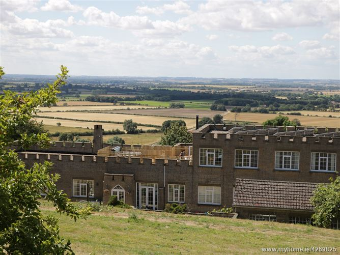 Main image for Country Castle,Nettleton, Lincolnshire, United Kingdom