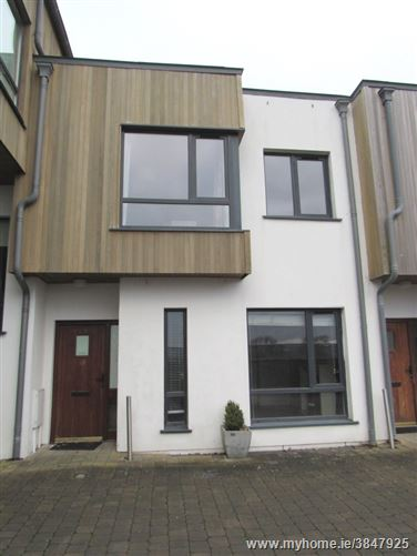 Photo of 10 The Courtyard, Woodville, Glanmire, Cork