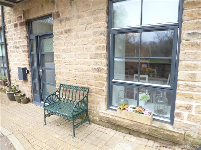 Main image for 10 Kinderlee Mill North,Chisworth, Derbyshire, United Kingdom