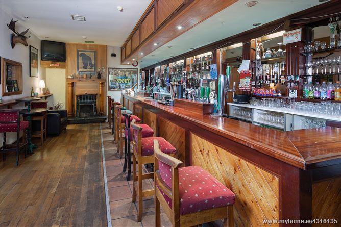 Main image for Pinecroft Bar/Lounge & Off Licence, Cooney's Lane, Grange, Cork