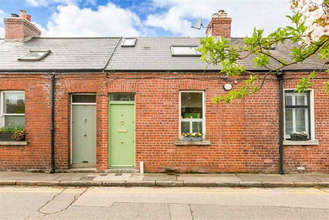 Main image for 42 Mountpleasant Terrace, Ranelagh, Dublin 6