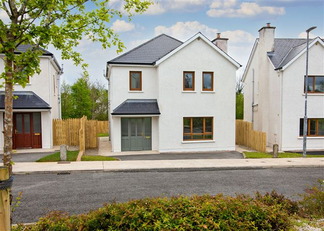 Main image for 26 Wood Green, Forest Park, Dromahair, Leitrim