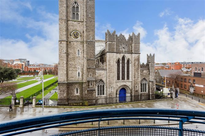 Main image for 20 Rochfort House, Dean Court, Patrick Street, Dublin 8, Dublin