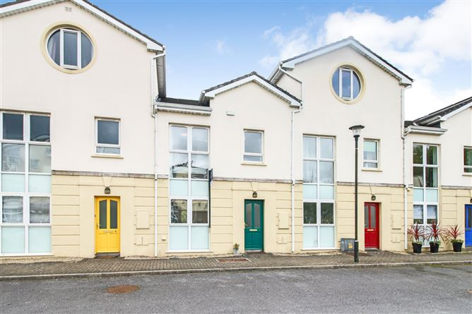 Main image for 9 Inver Geal, Carrick-On-Shannon, Co. Roscommon, N41C671