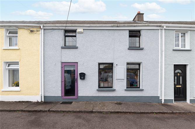 Main image for 8 Lough View Terrace,The Lough,Cork,T12 DTP2