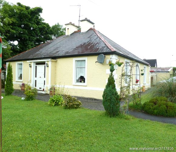 Bohola Village, Bohola, Castlebar, Mayo