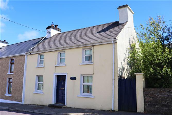 Main image for Hillview Cottage, 98 Upper Bridge Street, Skibbereen,   West Cork