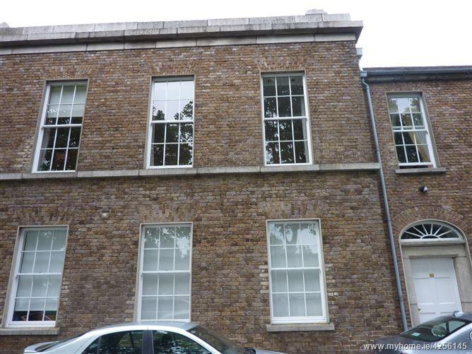 Main image for 31 The Square East, Haddington Road, Ballsbridge, Dublin 4