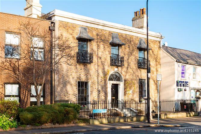 Main image for Castleview House, 22 Sandymont Green, Sandymount, Dublin 4