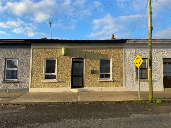 Main image for 8 William Street, Portlaw, Waterford