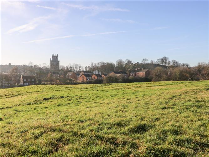 Main image for 1 Priory Grange,Pontefract, West Yorkshire, United Kingdom