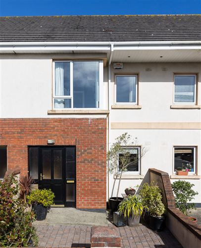 Main image for 71 Laurel Grove, Tagoat, Wexford