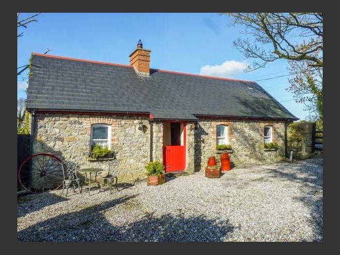 Main image for Geoghegans Cottage, BALLACOLLA, COUNTY LAOIS, Rep. of Ireland