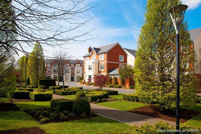 College Square Wainsfort Manor Drive Terenure Dublin