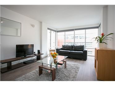 Photo of Tara Street 2 x Bedroom Holiday Letting, Dublin 2
