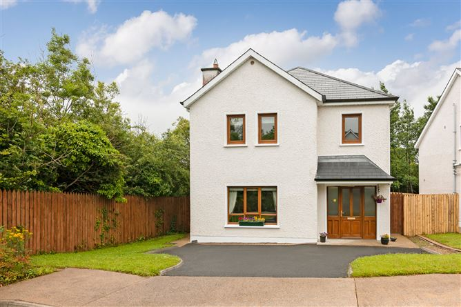 Main image for 22 Wood Green, Forest Park, Dromahair, Leitrim