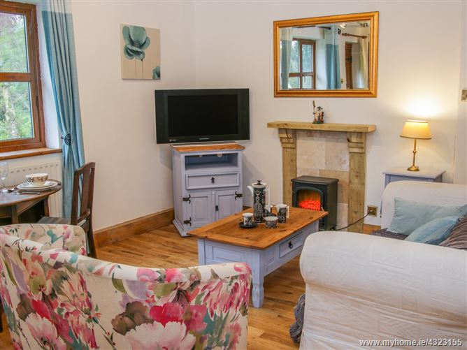 Main image for Gardeners Cottage,Woore, Cheshire, United Kingdom