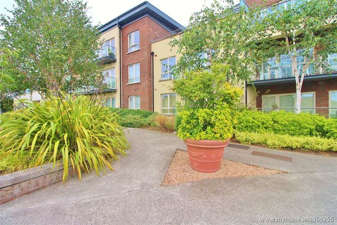 Main image for 33 The Courtyard,Fortfield Square,, Terenure, Dublin 6