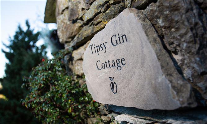 Main image for Tipsy Gin Cottage,Crosthwaite, Cumbria, United Kingdom