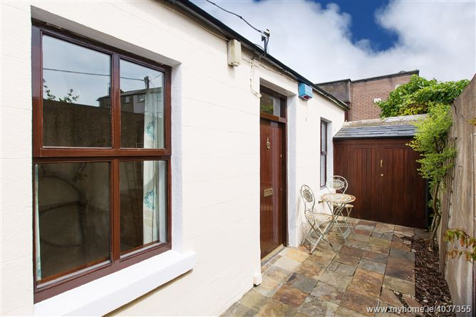 11 Grotto Place, Booterstown, Dublin