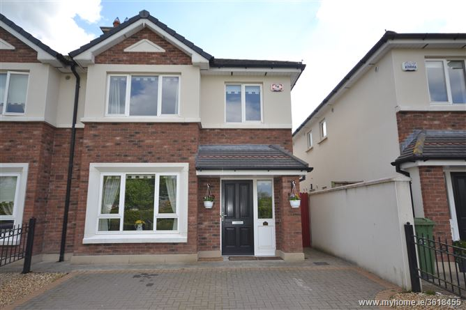 11 The Avenue, Newcastle Woods, Enfield, Co. Meath