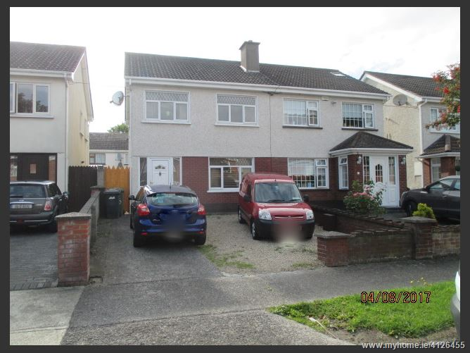 Photo of 20 Pineview Avenue, Aylesbury, Tallaght, Dublin 24