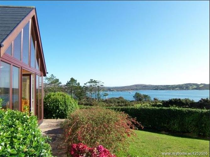 No. 1 Schull Holiday Cottages (Seabreeze), Colla Road, Schull, West Cork