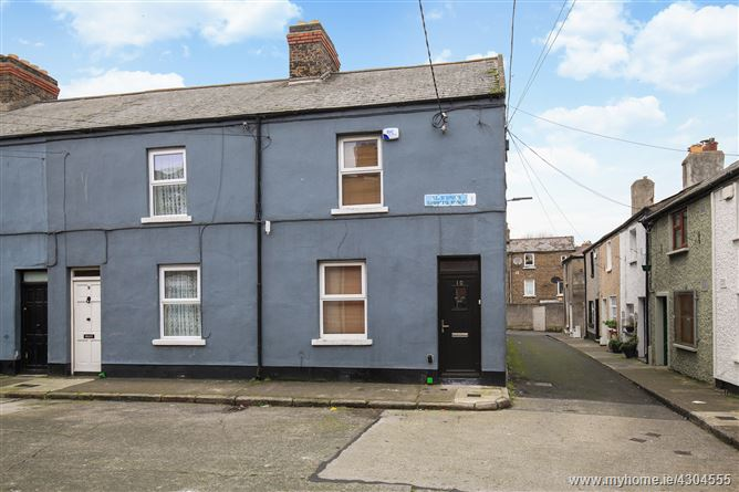 10 Simmons Place, North Circular Road, Dublin 1