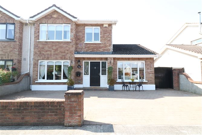 Main image for 12 Kilbelin Lawns, Newbridge, Kildare