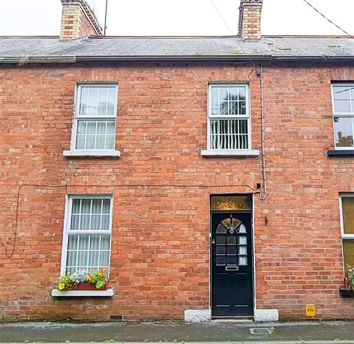 Main image for 8 Fermanagh Terrace, Clones, Monaghan