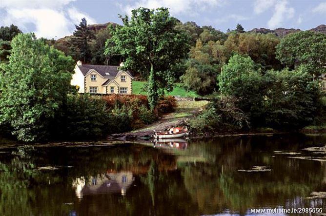 Cottage (90), Glengarriff,   Cork West
