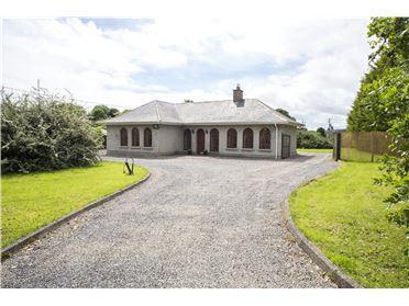 Main image of Glenaulin Lodge, Kentstown, Navan, Co Meath