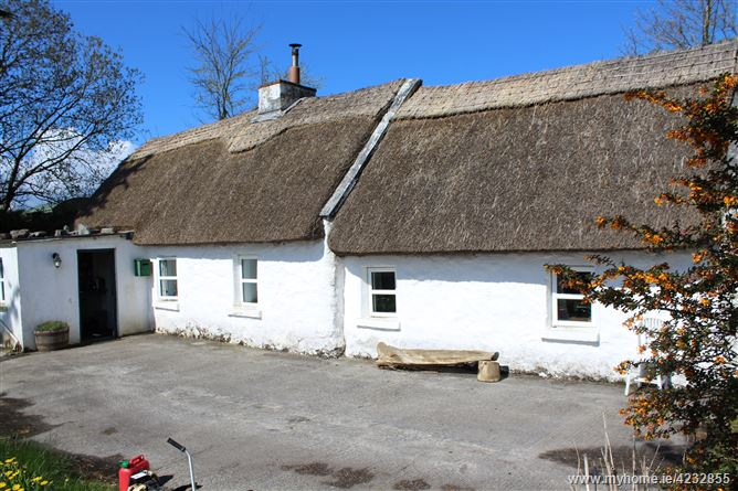 The Thatched Cottage, Cahermore