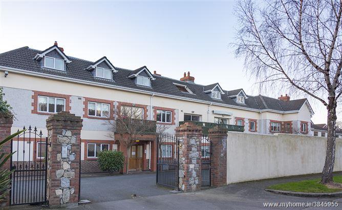 Photo of 14 Broomfield Hall, Shankill, Dublin 18