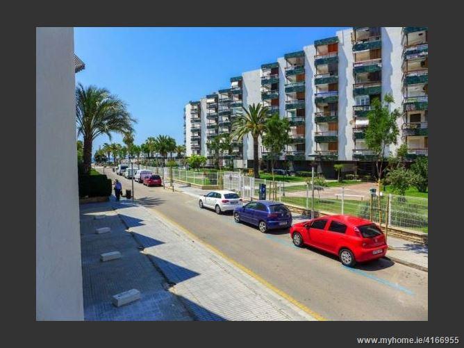 CalleRodriguez Pomatta, 43840, Salou, Spain