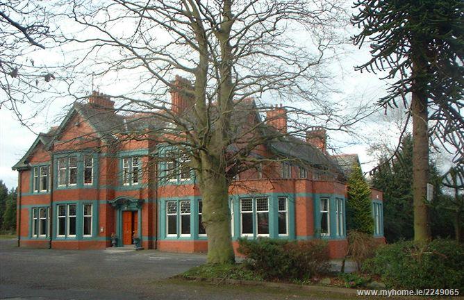 Carrickmacross Road, Dundalk, Co. Louth