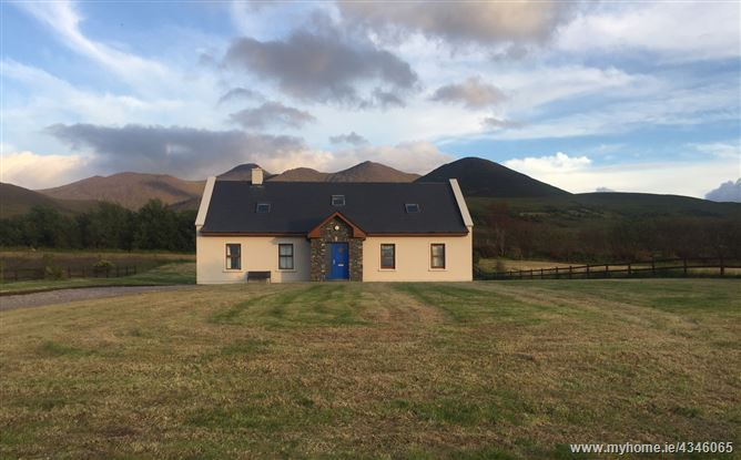 Main image for Mountain View House,Macgillycuddy reeks, Co Kerry