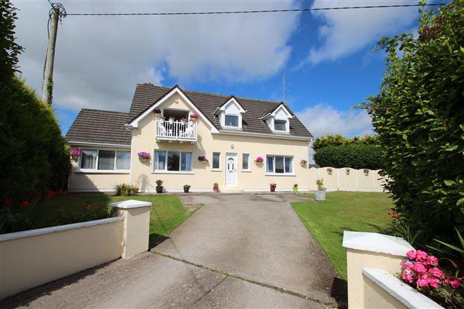 Main image for Hazelgrove, Templebreedy Rd. Churchbay, Crosshaven, Cork