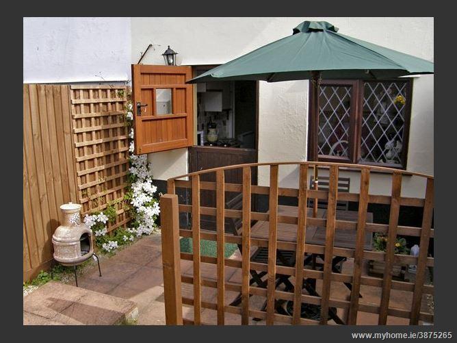 Main image for Wild Bryony Cottage Pet,Mendlesham Green, Suffolk, United Kingdom