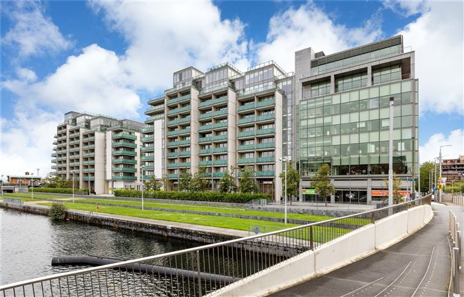 5 Baltrasna House, Spencer Dock, IFSC, Dublin 1, D01 YX26