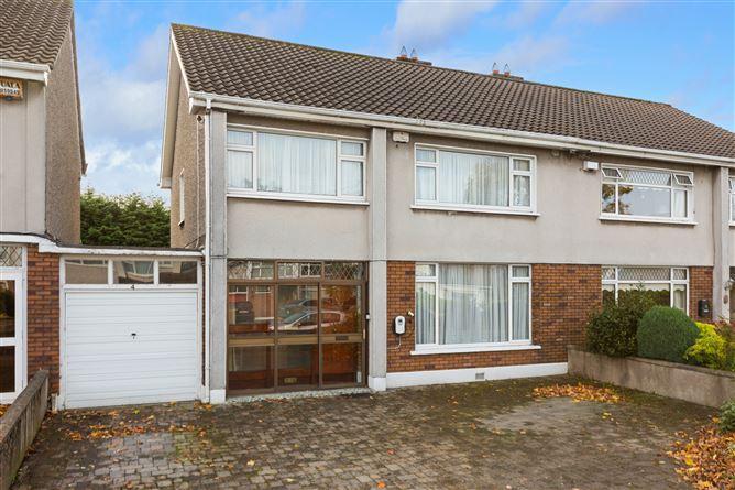 Main image for 4 Fairbrook Lawn, Rathfarnham, Dublin 14
