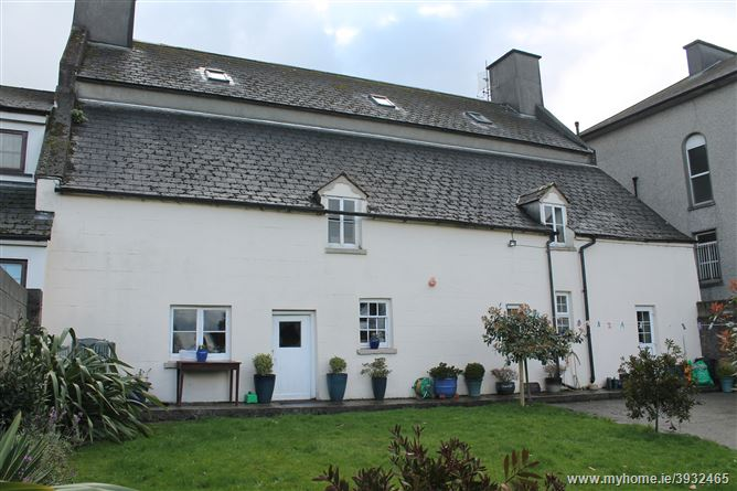 Photo of Yew Tree Lodge, Mill Street, Callan, Kilkenny