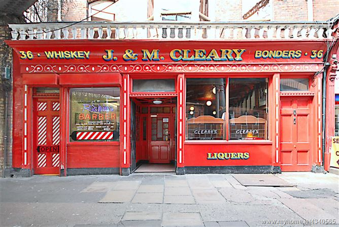 Main image for Cleary`s Bar & Lounge, Amiens Street, Dublin 1