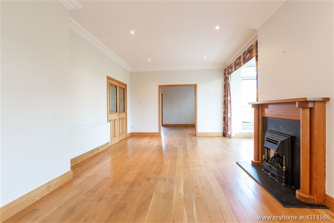 Main image for 19 Seamount, Booterstown, County Dublin