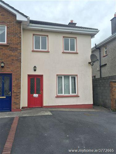 61 Jairdin Drive, Loughrea, Galway