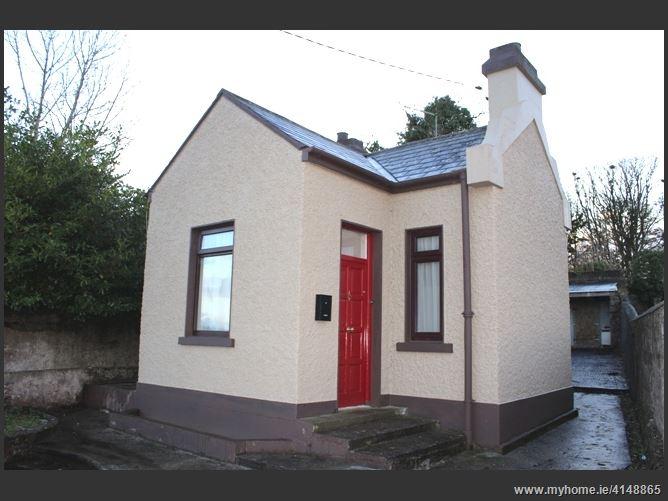 The Cottage, Abbeyquarter, County Mayo F35 K258, Ballyhaunis, Co. Mayo