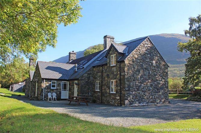 Granar Gynolwyn,Tywyn, Gwynedd, Wales
