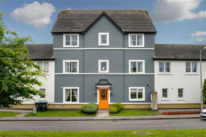 Main image for 25 Castlea View, Portarlington, Laois, R32C6C6