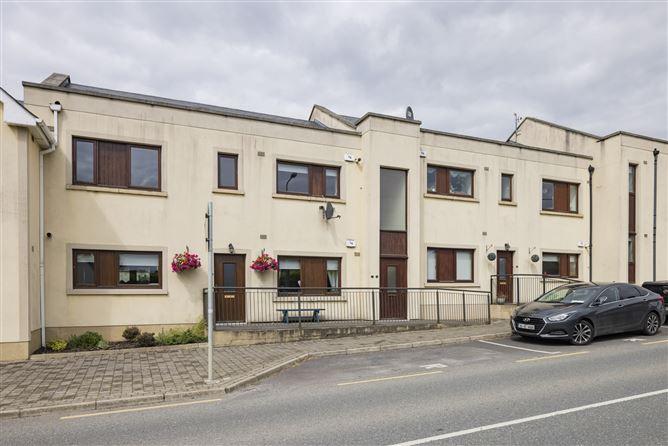 Main image for 10 Edgeworth Green, Longwood, Meath