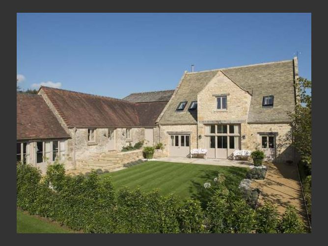 Main image for Thorndale Farm Barn (12) Stable Cottage, CIRENCESTER, United Kingdom